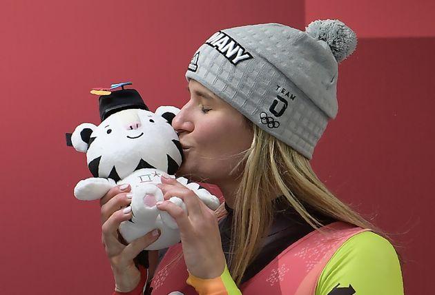 평창동계올림픽 마스코트 '수호랑' 인형이 품절 사태를 빚고
