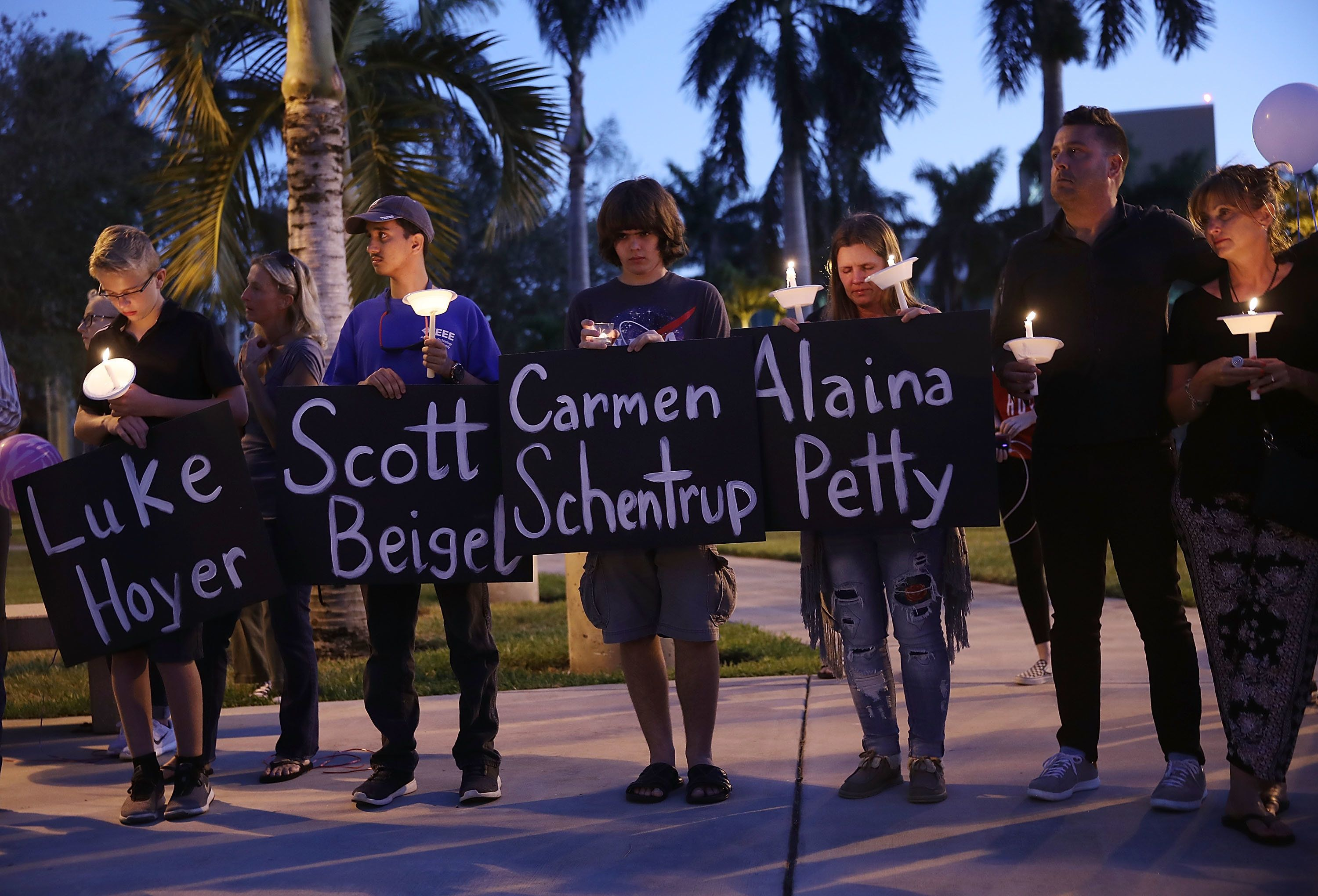 Thousands Attend Vigil for Victims of Florida High School Massacre