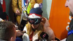 스키에서 금메달 딴 스노보드 선수가 '고글' 쓰고 인터뷰한