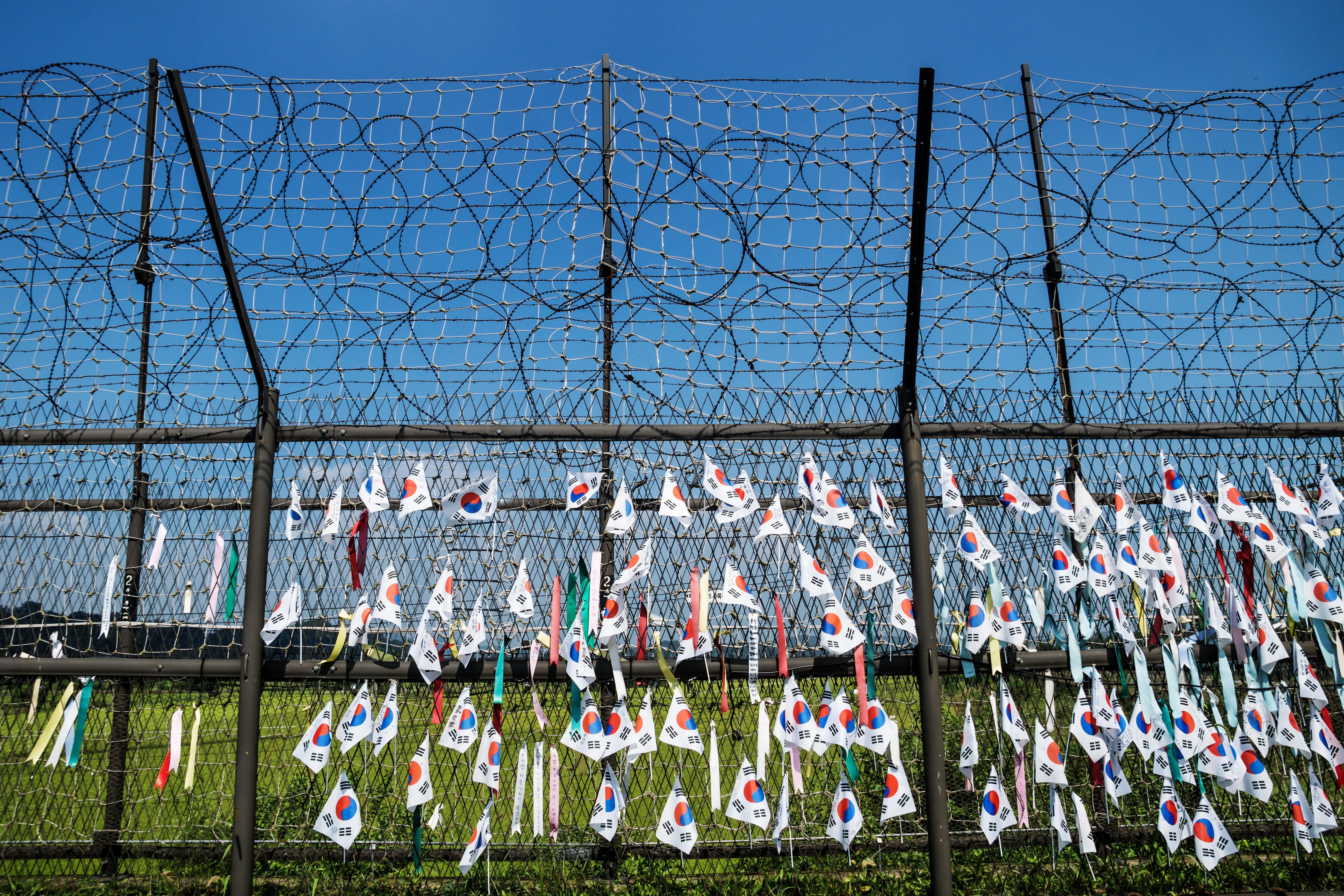 Είναι ακόμη «πολύ νωρίς» για μια σύνοδο κορυφής με τη Β. Κορέα, δηλώνει ο πρόεδρος της Ν.