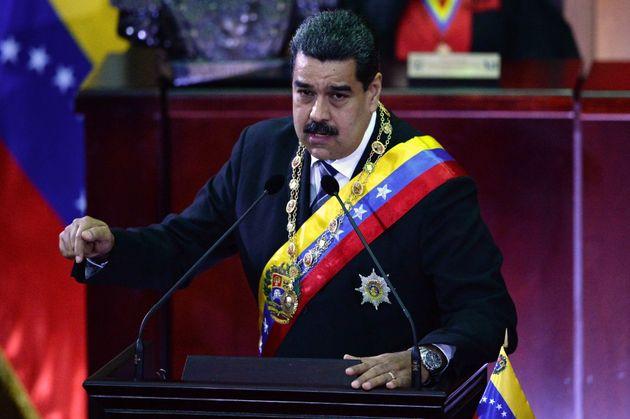 Bενεζουέλα: Ο πρόεδρος Μαδούρο ανακοινώνει στρατιωτικές ασκήσεις στα τέλη