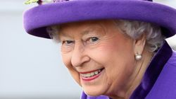 Ναι, η βασίλισσα Ελισάβετ έχει χιούμορ: 9 απρόσμενα αστείες ατάκες
