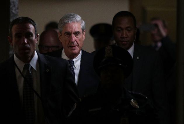 El fiscal especial Robert Mueller, que investiga el caso sobre la posible colusión entre miembros del...