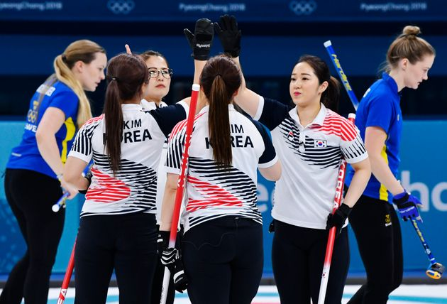 '갈릭 걸스' : 외신이 소개한 여자 컬링대표팀의 새로운