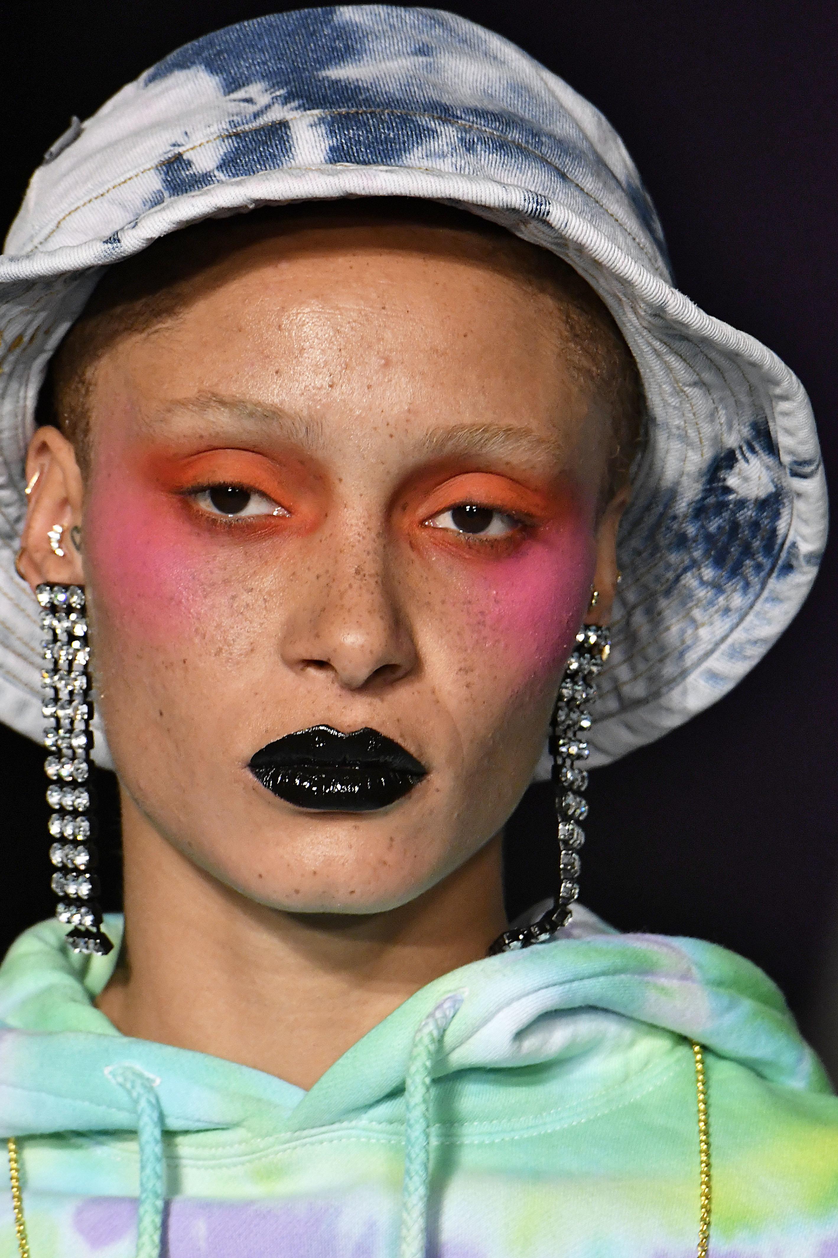 Looks We Love: Bright Blush At London Fashion