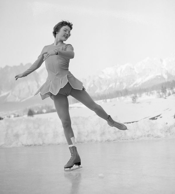 Albright of the United States displaying her grace and technique duringher free skatingprogram at the1956 W
