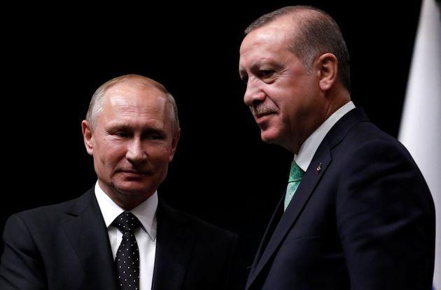 Τηλεφωνική επικοινωνία Πούτιν-Ερντογάν για τις επιχειρήσεις στο