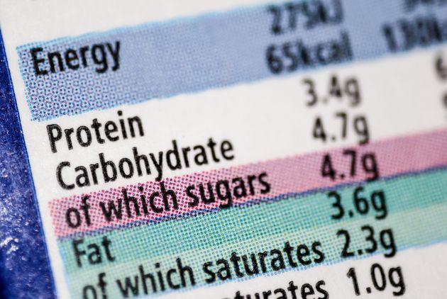 Dieta 'low carb' ou 'low fat': Qual funciona