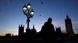 40 weibliche britische Abgeordnete packen aus: So sexistisch ist das