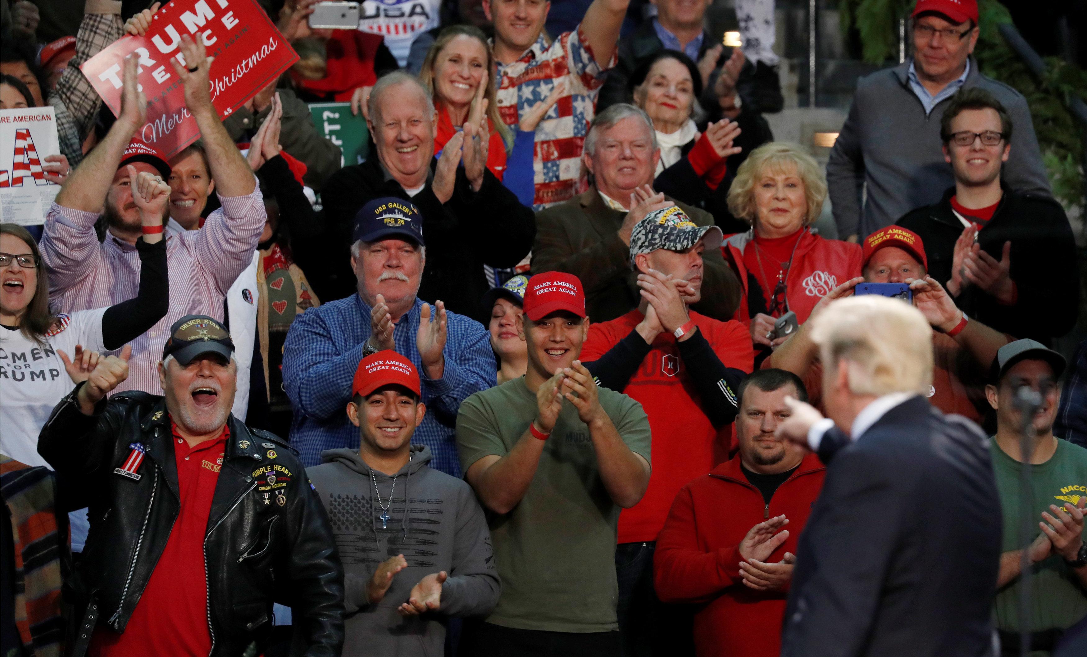 Es gibt ein Dating-Portal für Trump Fans – doch sie werden nur unter einer Bedingung