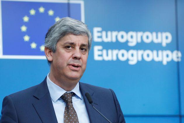 Σεντένο στη Bild: Η Ευρώπη πρέπει να συζητήσει την ελάφρυνση του ελληνικού χρέους, ακόμα και να προχωρήσει...
