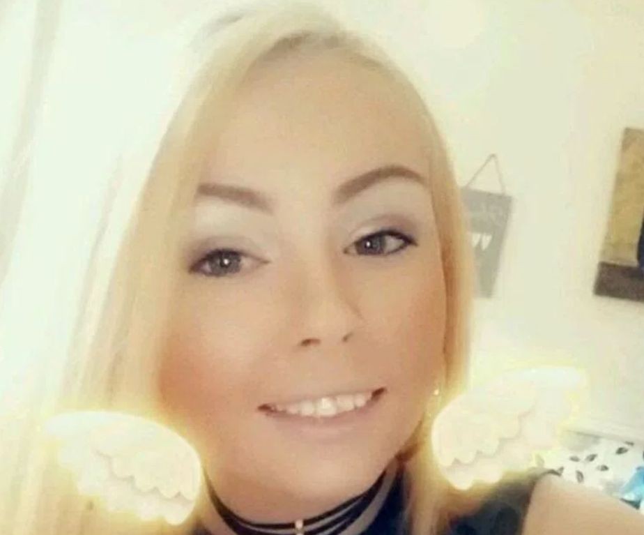 Woman, 26, Pleads Guilty To Public Order Offence Over Abusive Ambulance Note