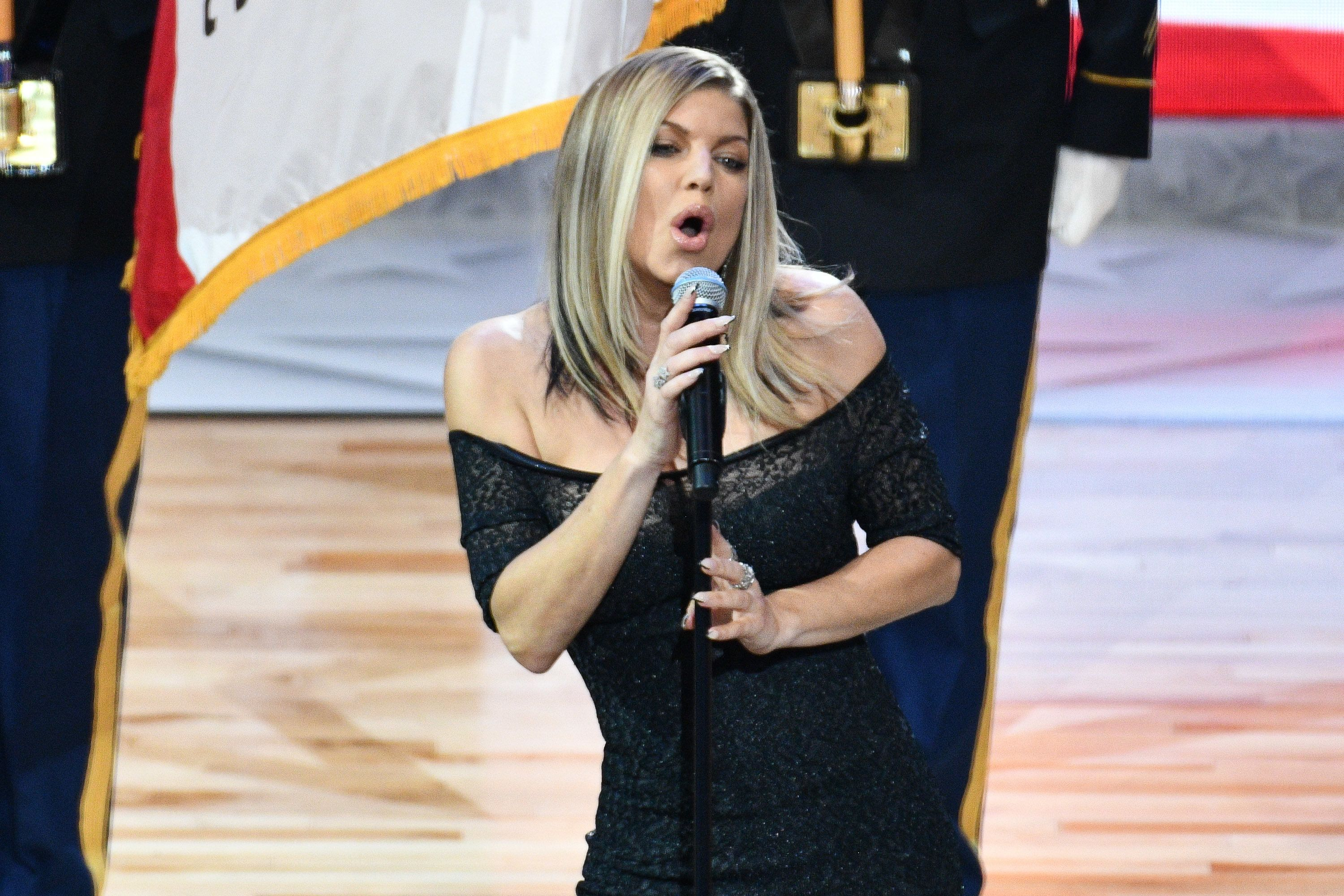 Fergie Apologizes For National Anthem, Saying She 'Tried Her Best'