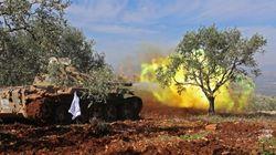 Türkisches Militär bombardiert Afrin in Nordsyrien – syrisches Militär vor Ort