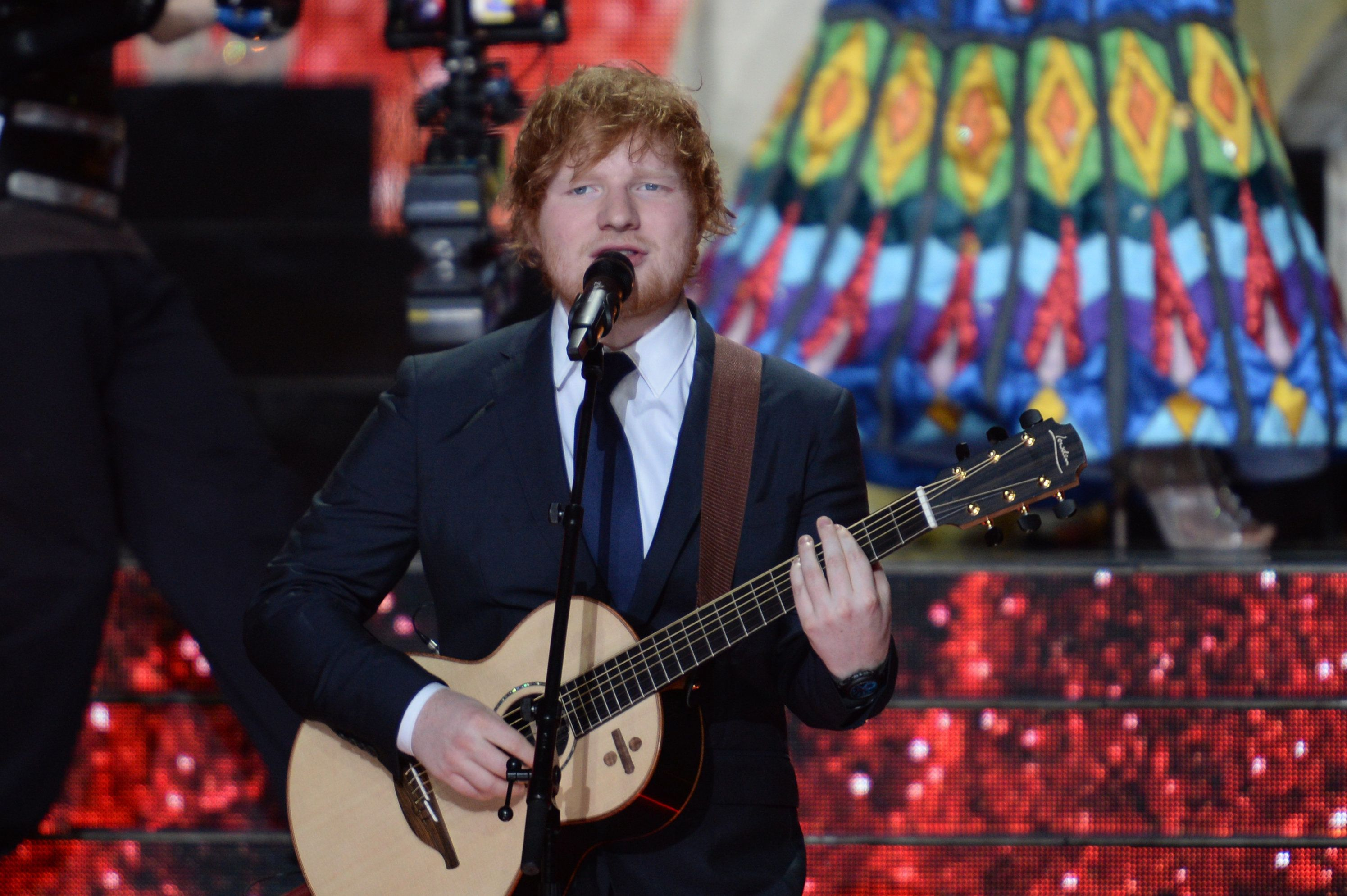 Ed Sheeran Delivers Tear-Jerking 'Supermarket Flowers' Performance at Brit Awards 2018