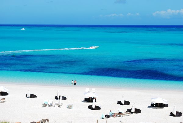 """<a href=""""https://www.tripadvisor.com/Attraction_Review-g147399-d148331-Reviews-Grace_Bay-Providenciales_Turks_and_Caicos.html"""