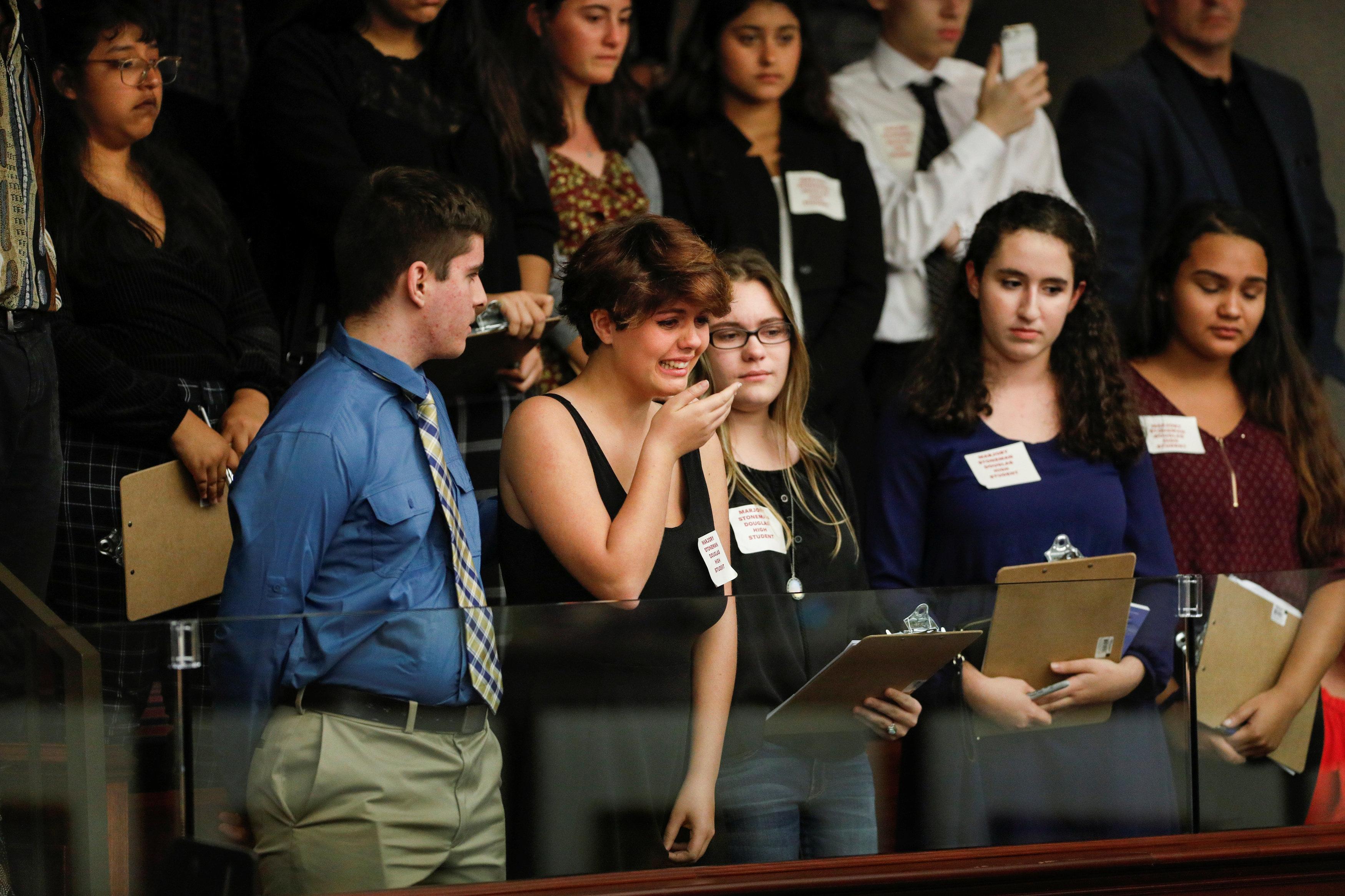 Parlament in Florida lehnt schärferes Waffenrecht ab [1:37]
