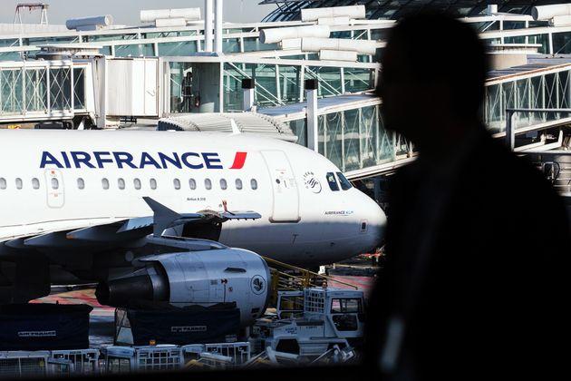 Απεργία την Πέμπτη στην Air France. Θα ακυρωθεί το 50% των πτήσεων μεγάλων