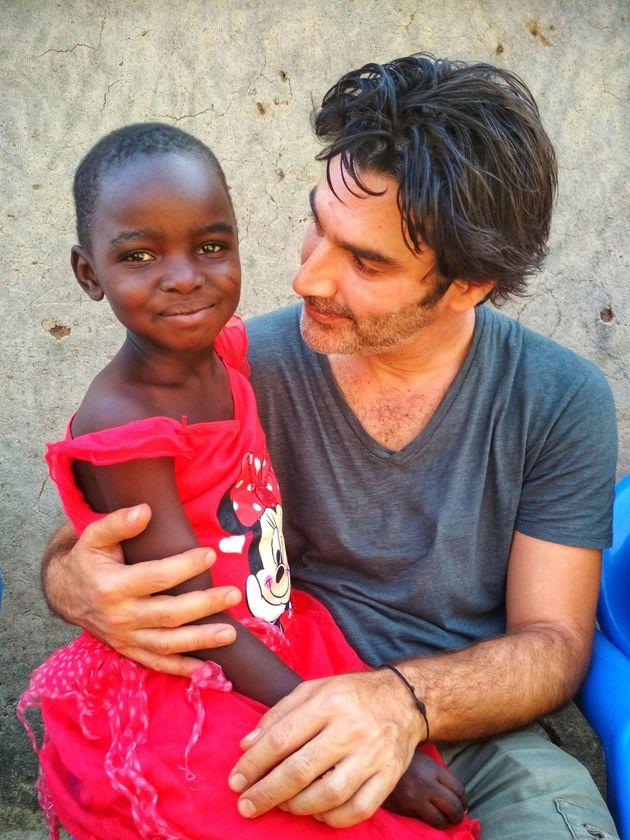 Χριστόφορος Παπακαλιάτης: «Αυτά που φτιάξαμε με τα παιδιά στη βόρεια Αφρική δεν περιγράφονται ούτε με...