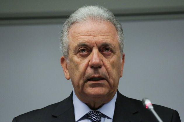 Υπόθεση Novartis: Τι αναφέρει το υπόμνημα που κατέθεσε ο Αβραμόπουλος στη