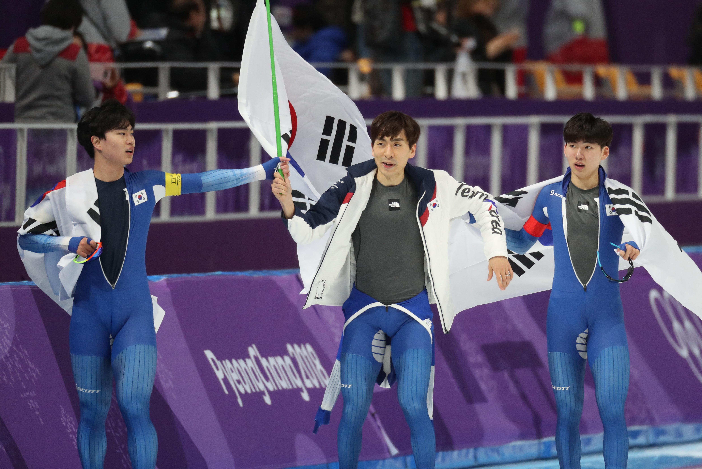 남자 팀추월이 은메달로 경기를