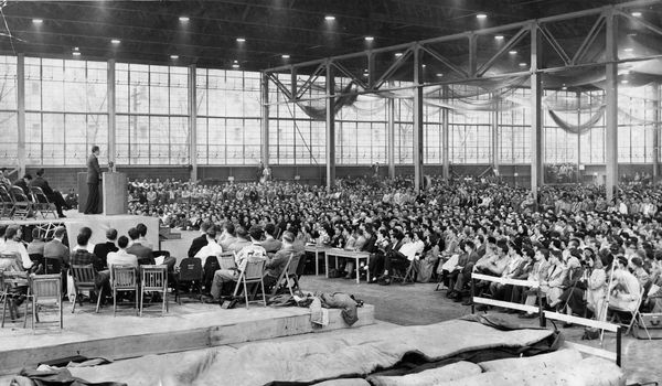 About 4,000 students and faculty members listen to Graham at MIT on April 21, 1950.