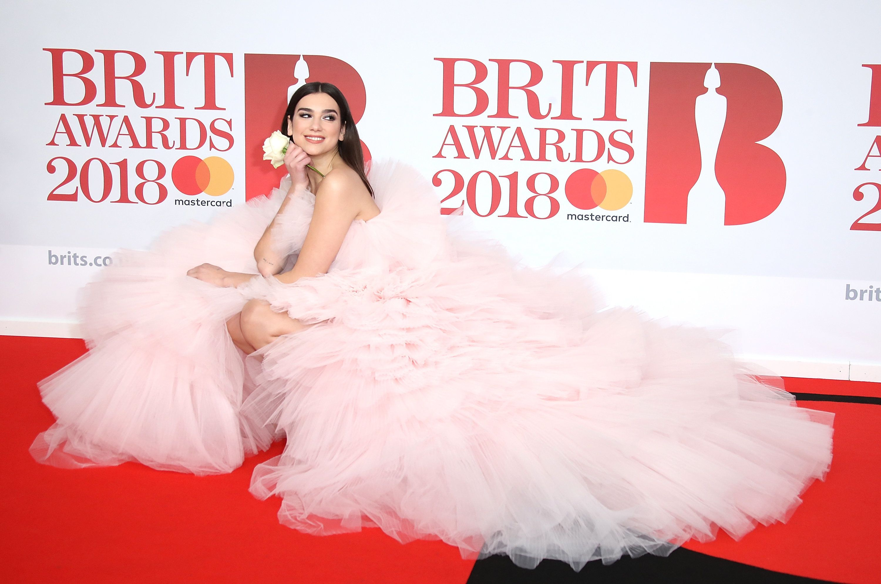 Looks We Love: Dua Lipa In Acres Of Pink Frills At The