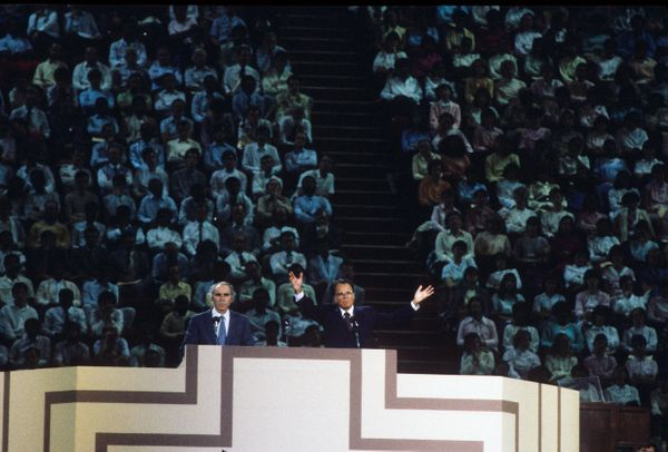 Graham delivers a message on Sept. 20, 1986, in Paris, France.