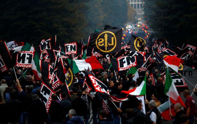 Πολιτική βία, αίμα και φόβος στην Ιταλία πριν τις εκλογές. Ανεξέλεγκτη η δράση της άκρας δεξιάς, ανοιχτές...