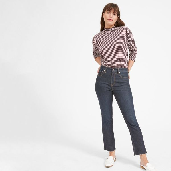"""Replace your favorite skinnies with a pair of <a href=""""https://www.everlane.com/products/womens-kick-crop-jean-dkbluewash?col"""