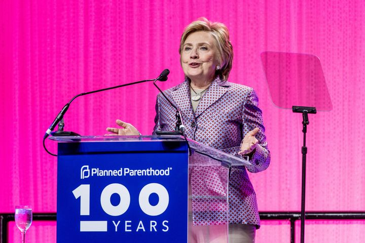 Clinton wearing Argent at the Planned Parenthood 100th Anniversary Gala in May 2017.