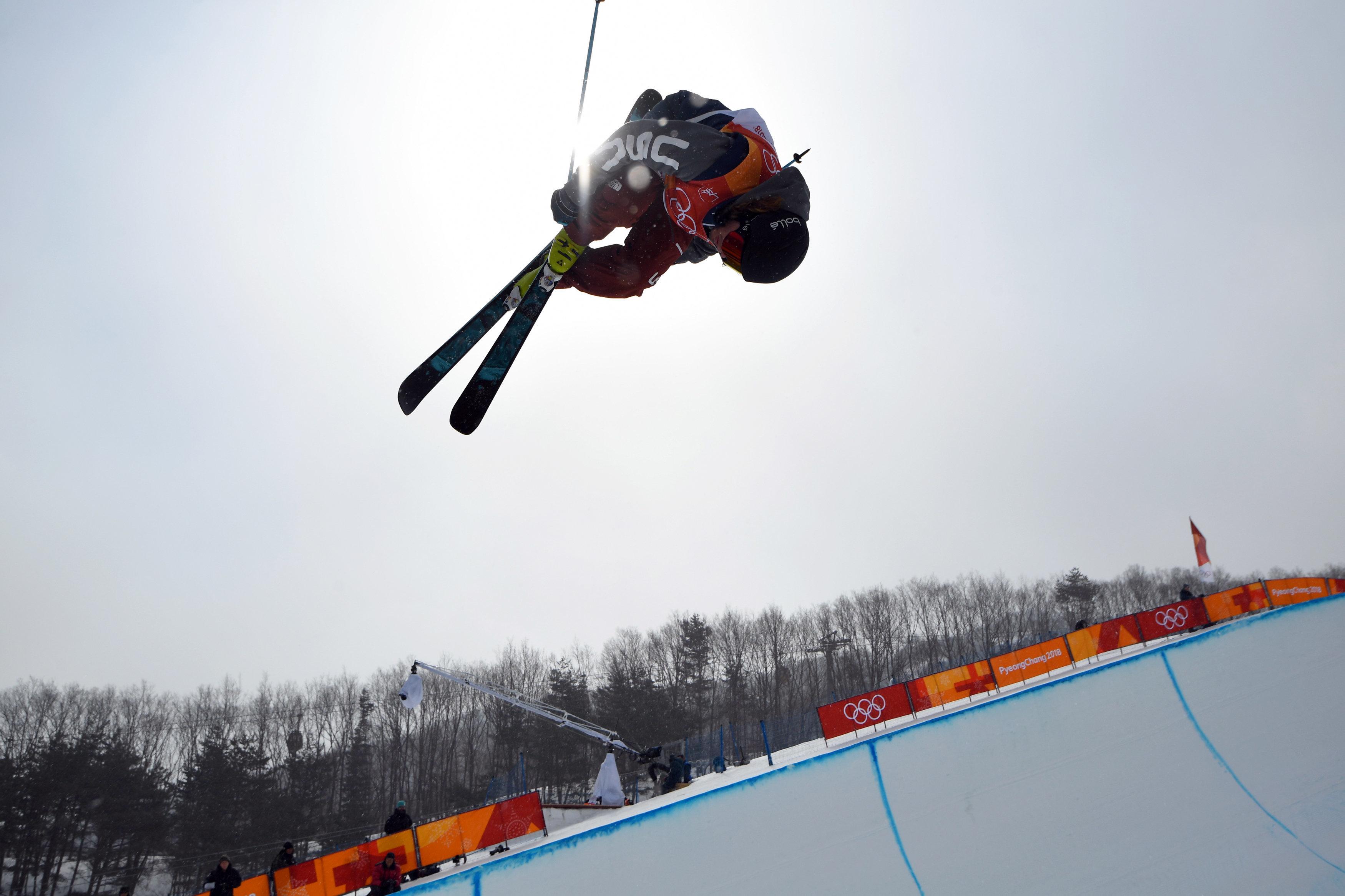 Freestyle Skiing - Pyeongchang 2018 Winter Olympics - Men's Ski Halfpipe Training - Phoenix Snow Park - Pyeongchang, South Korea - February 22, 2018 - David Wise of the U.S. trains. REUTERS/Dylan Martinez