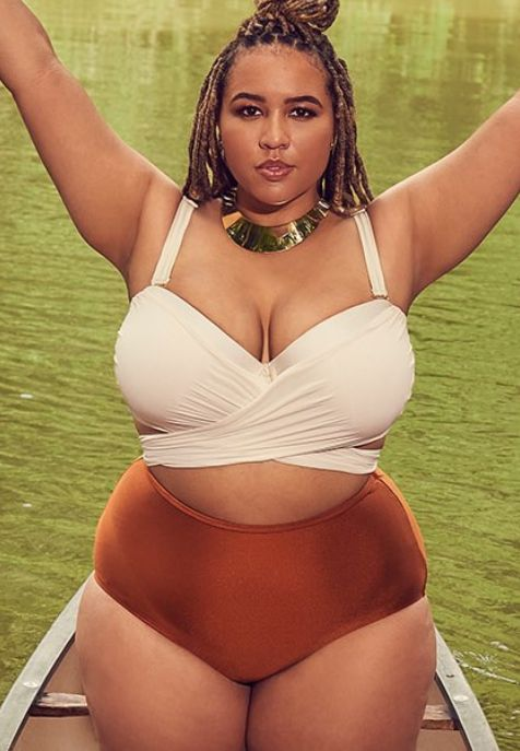 ce6f361e07 These Stunning Plus-Size Swimsuits With Underwire Are Here To Lift ...