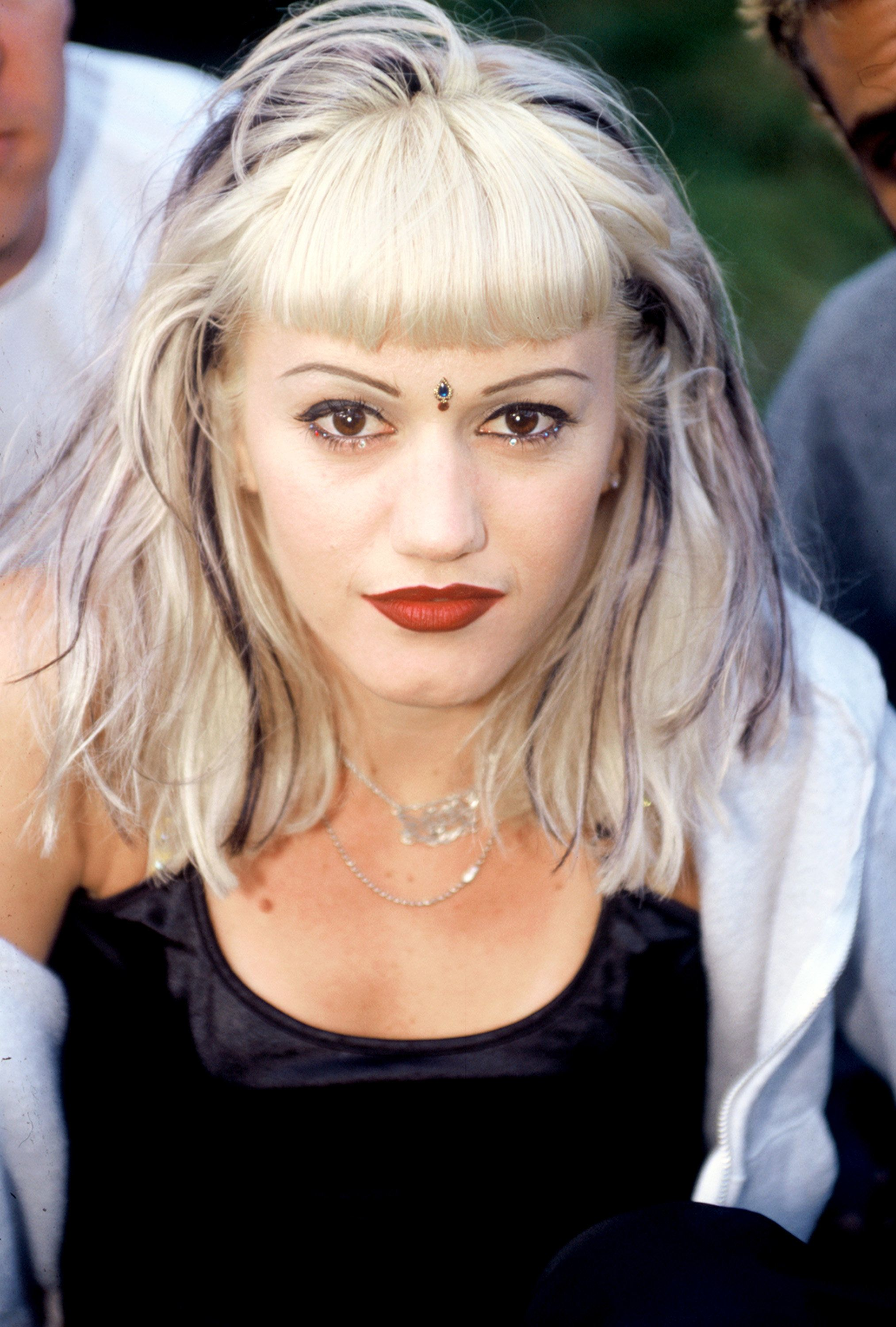 MOUNTAIN VIEW, CA - JUNE 14: Gwen Stefani of No Doubt backstage Live 105's BFD 1996 at Shoreline Amphitheatre on June 14, 1996 in Mountain View, California. (Photo by Tim Mosenfelder/Getty Images)