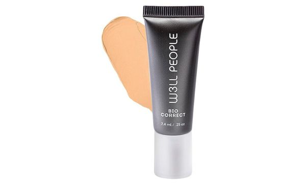 With a powerful mix of organic algae, coffee, pomegranate and anti-aging peptides, this multi-action concealer provides serio