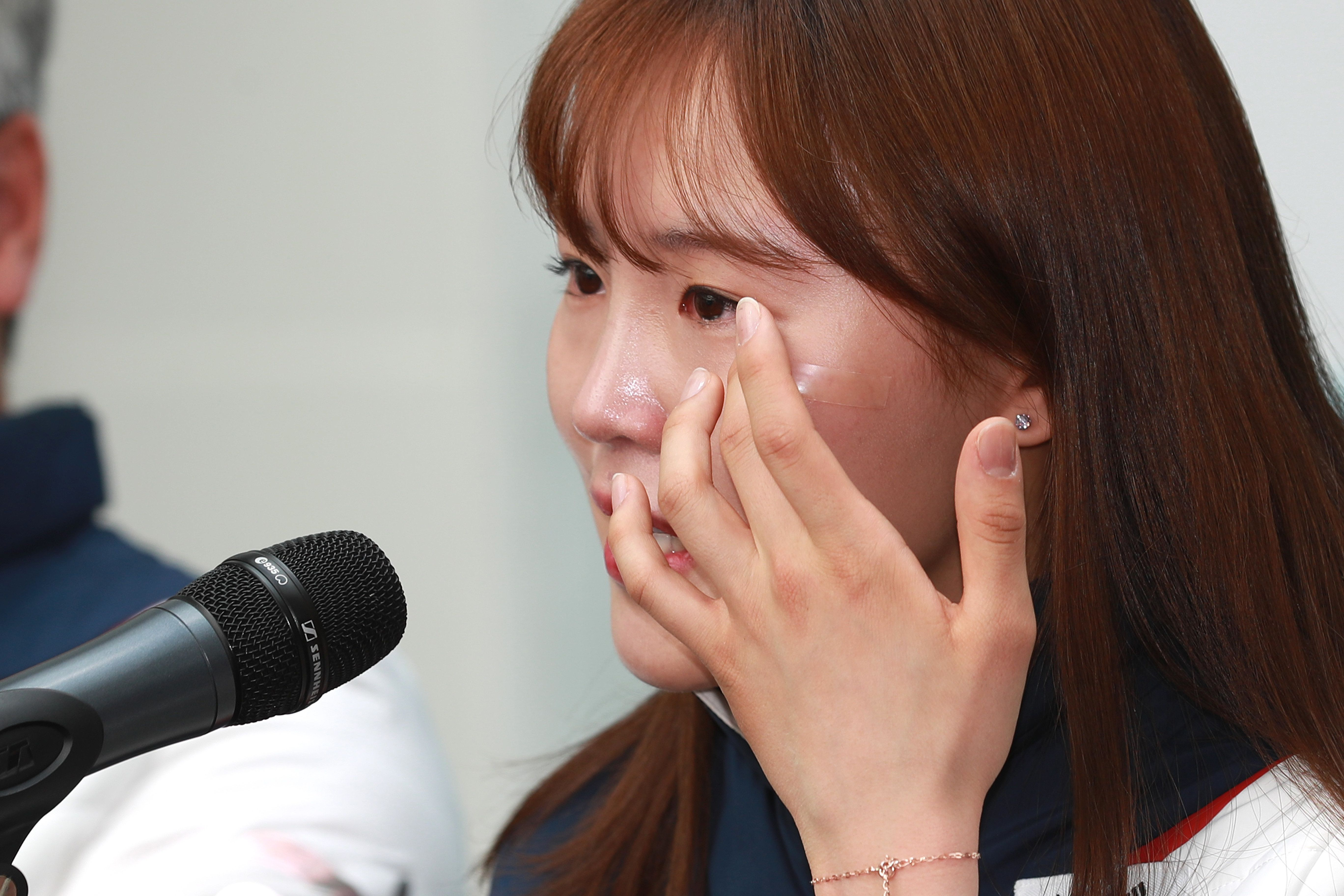 세월호 유족들이 김아랑에게 고마움을