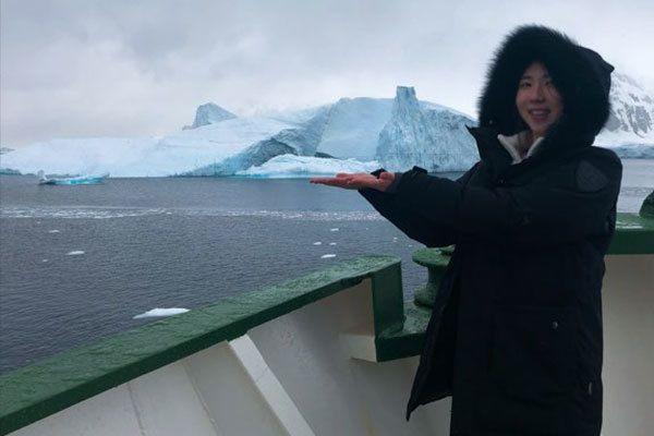 남극에 도착한 그린피스 현지원 커뮤니케이션