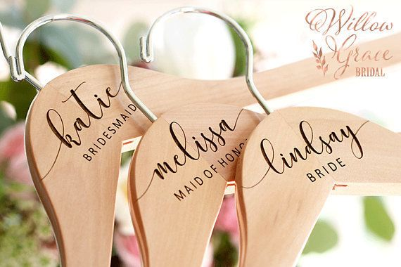 Custom hangers to keep track of their gowns : practical bridesmaid gifts - medton.org