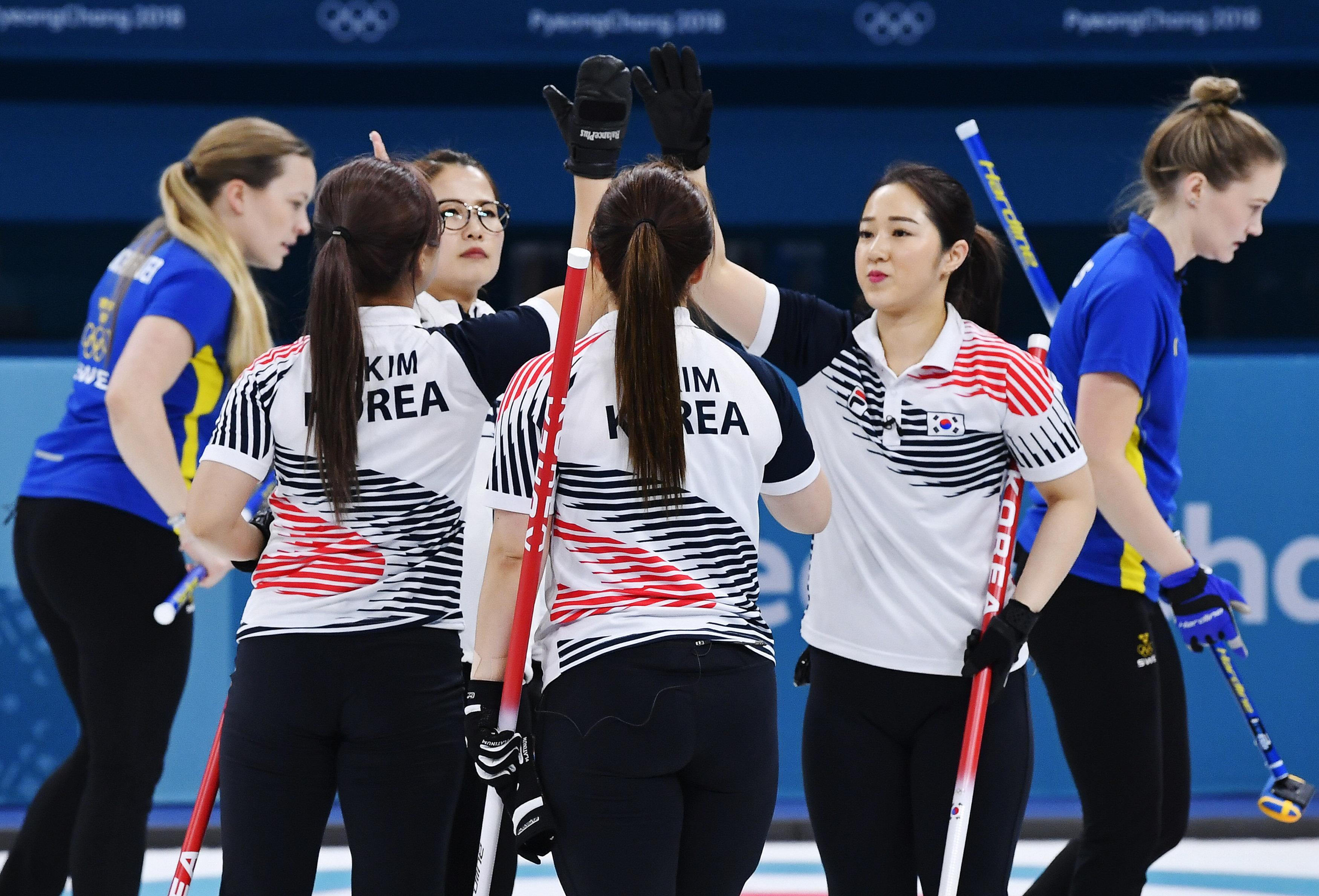 여자 컬링 대표팀이 세운 스웨덴전 필승