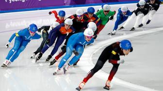 Speed Skating - Pyeongchang 2018 Winter Olympics - Women's Mass Start competition finals - Gangneung Oval - Gangneung, South Korea - February 24, 2018 - Athletes compete. REUTERS/Damir Sagolj