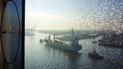 Hamburg: Hotel mit Blick auf die
