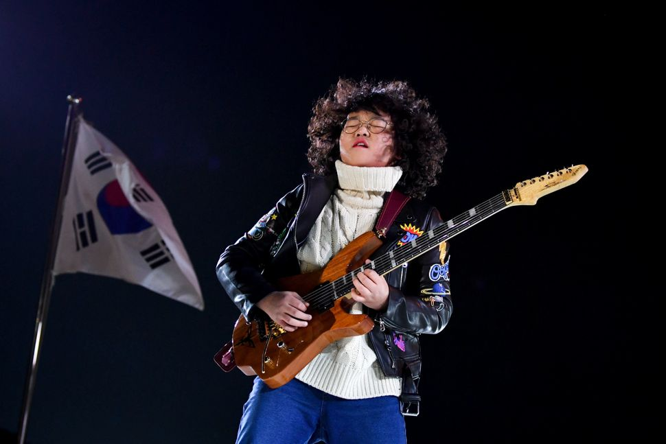 Korean musician Yang Tae-hwan, 13, performs during the closing ceremony.