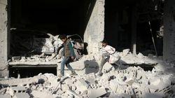 Συρία: 25 άμαχοι νεκροί από βομβαρδισμούς σε θύλακα του