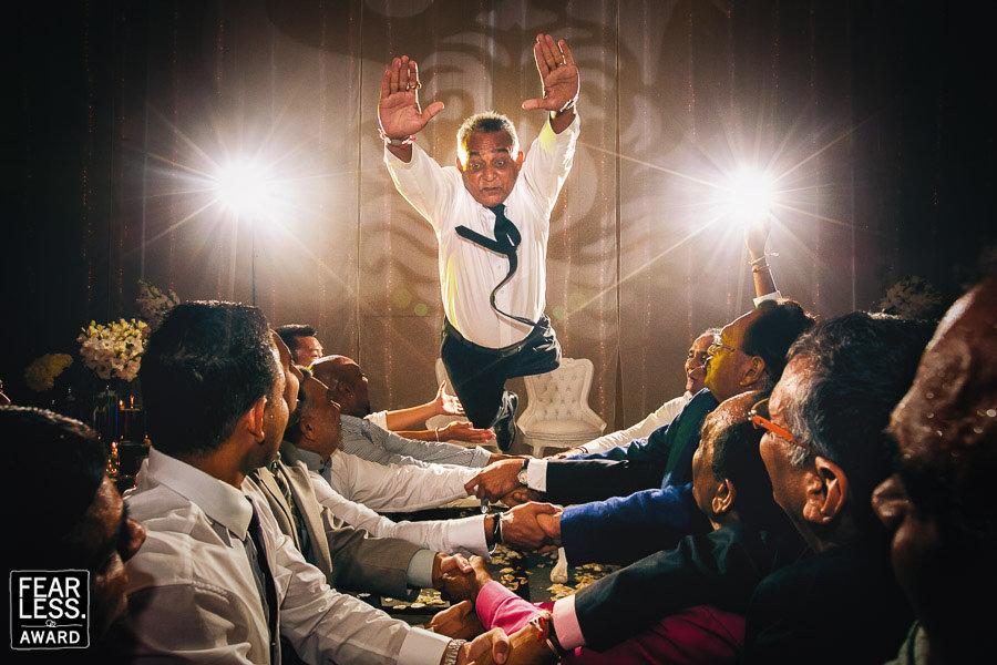 Diese Bilder zeigen, dass die besten Hochzeitsfotografen keine Angst haben dürfen