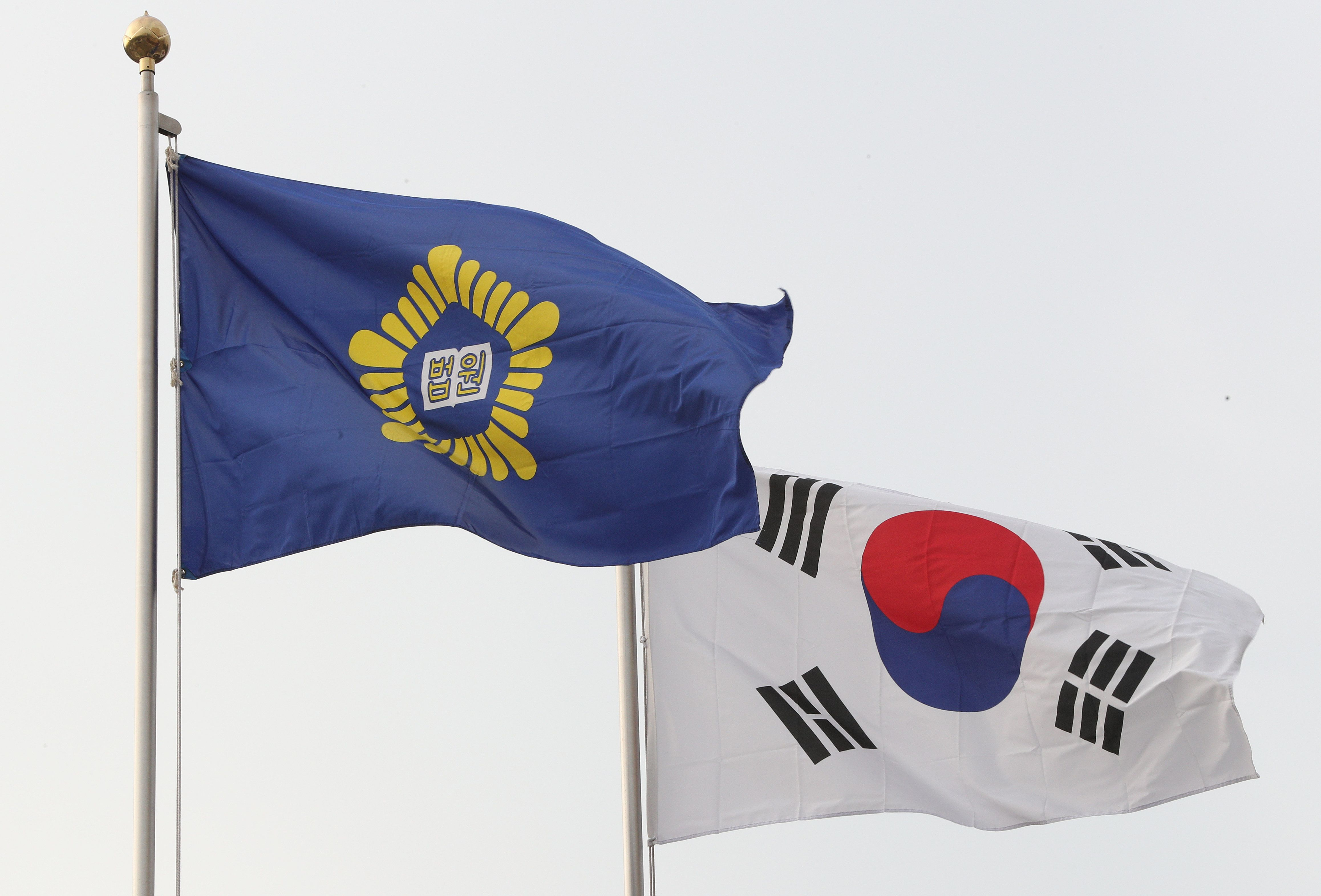 탈북자 지원하던 중국인이 한국에서 난민 인정을