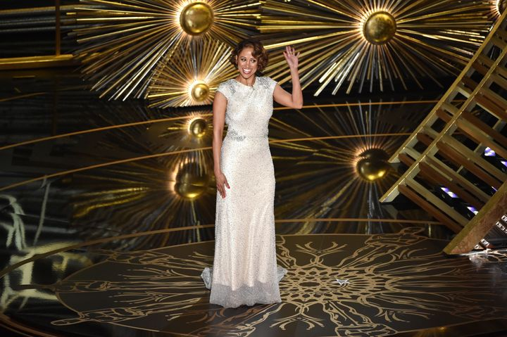 "Stacey Dash appeared at the 2016 Academy Awards in a comic cameo after she called an ""#Oscarssowhite"" boycott ""ludicrous.""&nb"