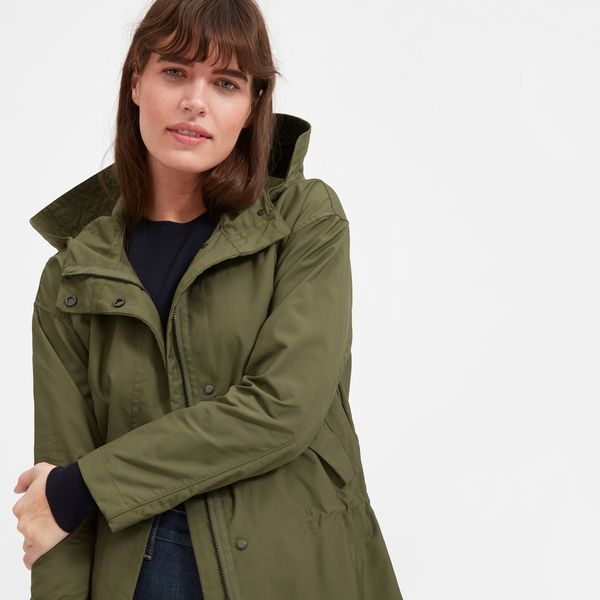 "Get it <a href=""https://www.everlane.com/products/womens-city-anorak-surplus?collection=womens-outerwear"" target=""_blank"">her"