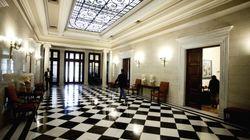 Κυβερνητικές πηγές: Τραγικό η κ. Σπυράκη να μιλά για υπουργούς που υπάρχουν ενδείξεις ότι εμπλέκονται σε