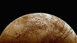 Τα μυστικά της Ευρώπης: Το περίεργο γήινο βακτήριο που κάνει πολύ πιθανή την ύπαρξη εξωγήινης ζωής στο φεγγάρι του