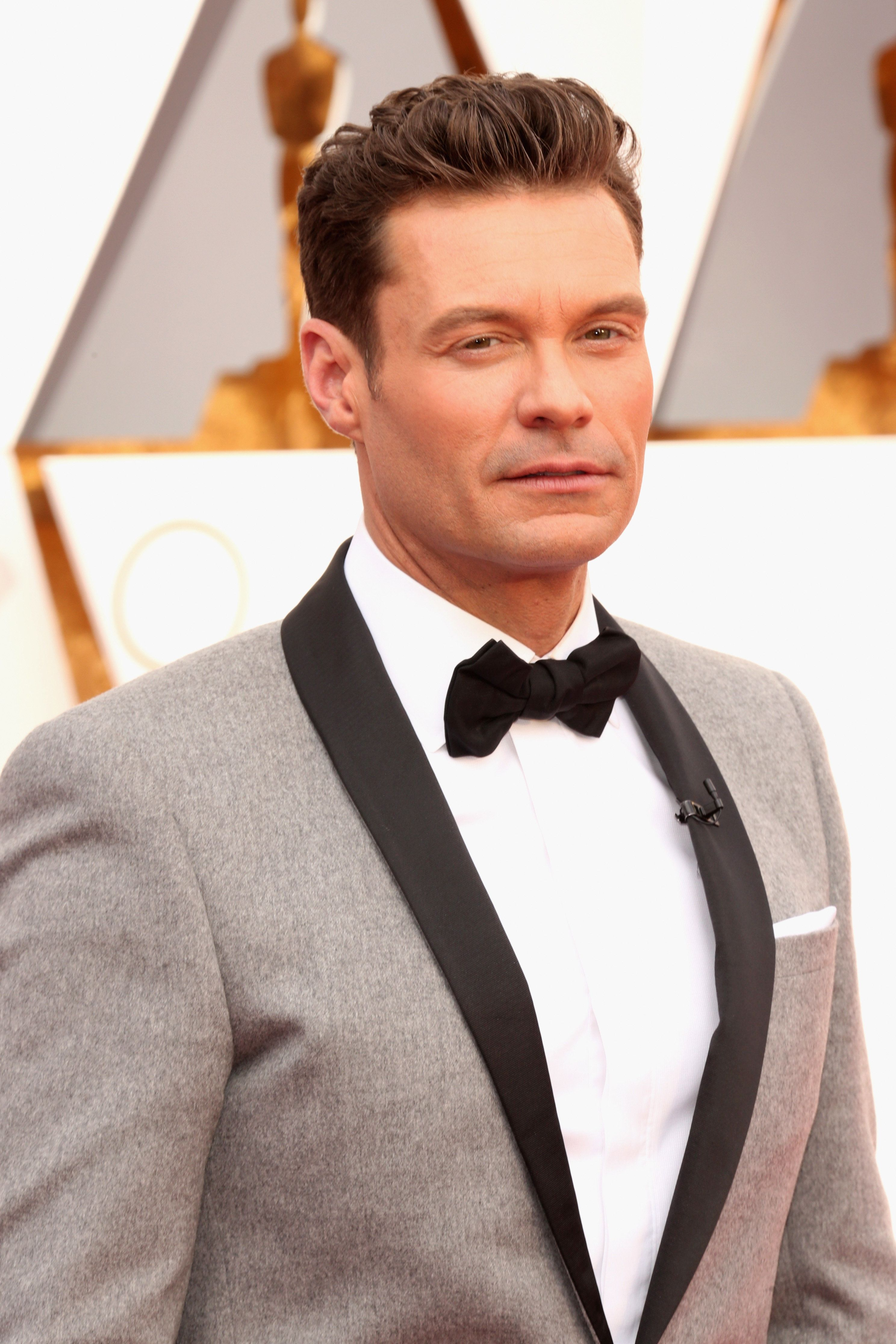 HOLLYWOOD, CA - FEBRUARY 28:  Radio and television personality Ryan Seacrest attends the 88th Annual Academy Awards at Hollywood & Highland Center on February 28, 2016 in Hollywood, California.  (Photo by Todd Williamson/Getty Images)